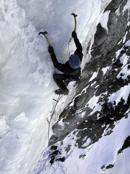 Kurzy ledového lezení pořádá horský vůdce Pavel Žofka